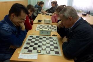Команда из Арзамаса одержала победу на региональном турнире по шахматам и шашкам среди инвалидов