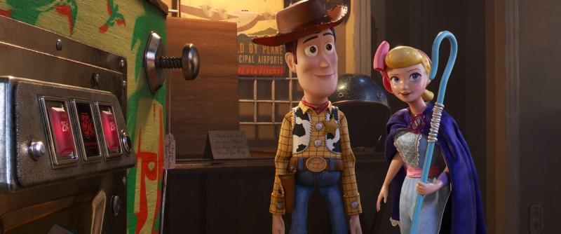 Кадры из фильма: История игрушек 4