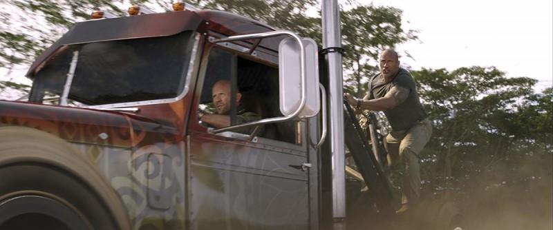 Кадры из фильма: Форсаж: Хоббс и Шоу