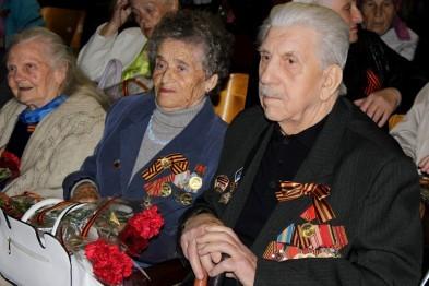 Руководство города поздравило ветеранов с 30-летием образования общественной организации