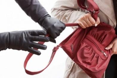 В Балахне задержали мужчину, ограбившего женщину на улице