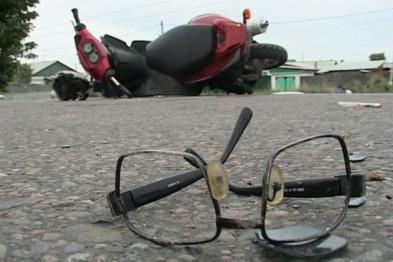 В Арзамасе неопытный водитель автомобиля сбил 57-летнюю женщину, передвигавшуюся на скутере