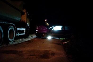 Пьяный водитель иномарки врезался в КамАЗ