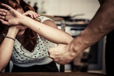В Нижнем осудят женщину, которая в ходе ссоры ударила ножом своего мужа, неоднократно избивавшего ее