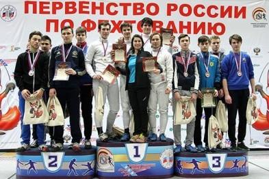 3 медали завоевали арзамасские спортсмены на первенстве России по фехтованию в Курске