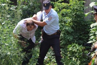 Двух арзамасцев, подозреваемых в хранении наркотиков задержали полицейские
