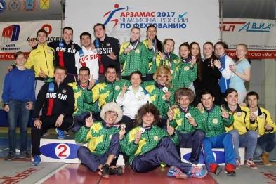 В командных соревнованиях по фехтованию рапиристам из Башкирии и Татарстана не было равных
