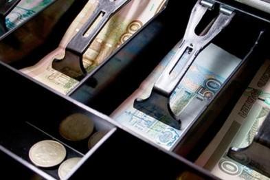В Арзамасе продавец-стажер мебельного магазина присвоила себе более 100 тыс. рублей
