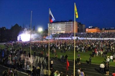 Михаил Мухин и Игорь Плотичкин поздравили арзамасцев с Днем города