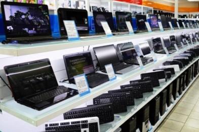 Два ноутбука похитили жительницы Арзамаса из магазина бытовой техники