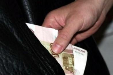 В Арзамасе грузчик украл из кассы 17 тыс. рублей, после чего не вышел на работу