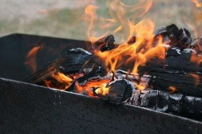 В Дзержинске родители доверили разведения огня ребенку, с 30% ожогами мальчик доставлен в больницу