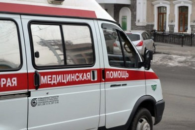 Козырек подъезда спас жителя Выксы, выпавшего из окна