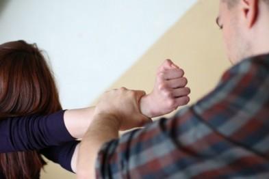 В Арзамасе мужчина попытался изнасиловать свою бывшую сожительницу, пригрозив ножом