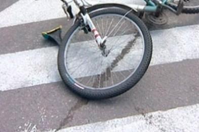 Маршрутный автобус в Арзамасе сбил подростка на велосипедисте