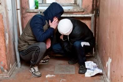 Двоих потребителей спайсов задержали в Арзамасе