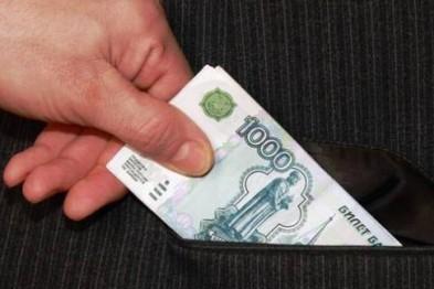 В Арзамасе мужчина за взятку попытался откупиться от исправительных работ