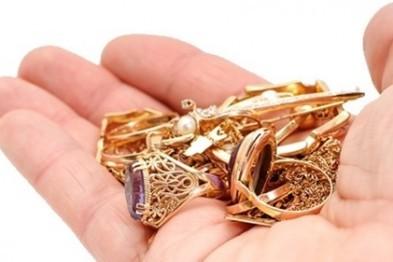 В Арзамасе мужчина похитил ювелирные украшения у своей сожительницы на сумму 14 000 рублей