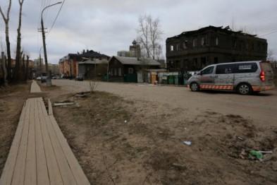 Более 1 млн. рублей выделили из бюджета Архангельска на ремонт тротуаров в Исакогорке и Маймаксе