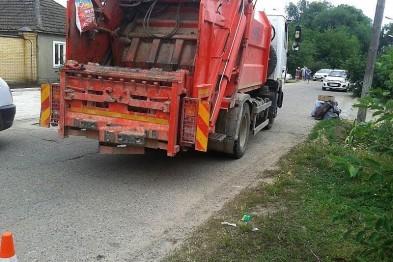 Работник ЖКХ погиб под колесами мусоровоза в Нижнем Новгороде