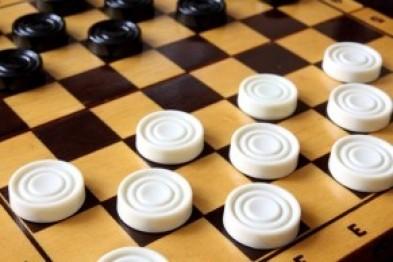 Около 50 спортсменов со всей области собрались в Арзамасе, чтобы поучаствовать в шашечном турнире