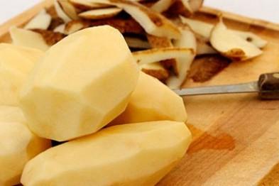 Еще одна женщина зарезала своего мужа при чистке картошки в Арзамасском районе