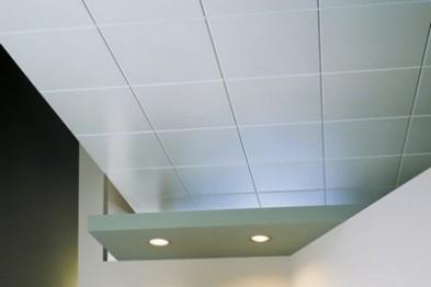 Современные виды отделки потолков
