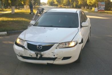 В Павлове пьяный водитель проехал на красный и сбил мужчину на мопеде