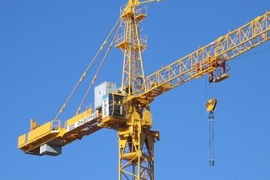 Вмешательство суда потребовалось, чтобы остановить работу неисправного башенного крана в Арзамасе