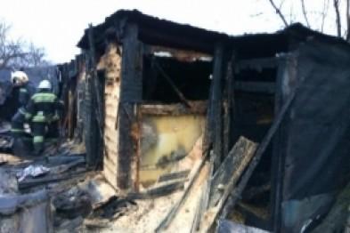 Неустановленные лица подожгли сараи в Арзамасе