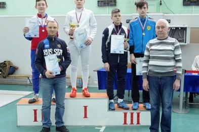 Команда из Арзамаса завоевала на всероссийском юношеском турнире «серебро» в сабле