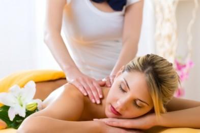 Лечебный массаж спины и тела