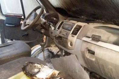 Прямо во время движения загорелись 2 автомобиля в Нижегородской области