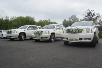 Популярные модели свадебных лимузинов