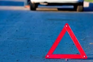 10-летний мальчик пострадал под колесами автомобиля во дворе по улице Парковой