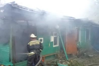Баня и часть дома сгорели в Березовке в результате пожара
