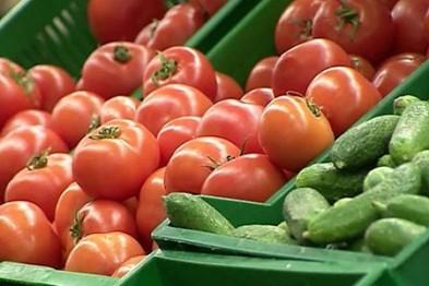 В Арзамасском районе приставы арестовали у должника автомобиль, овощи и ягоды