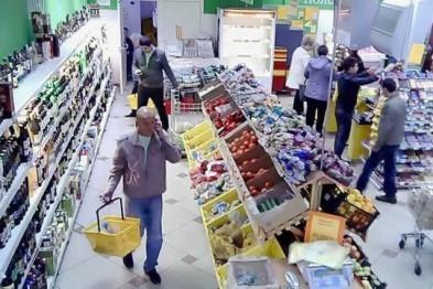 Два крупных хищения из продуктовых магазинов произошли 4 января в Арзамасе