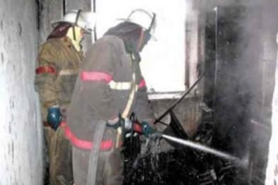 Квартира в многоэтажном доме обгорела в результате пожара