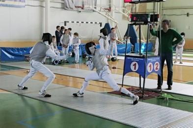 Юные саблисты из Арзамаса заняли первое место на Всероссийском турнире «Острые клинки» в Дзержинске