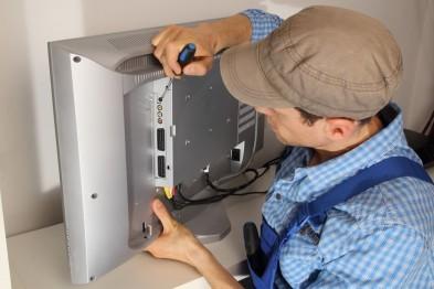 Жителя Бора через суд заставили забрать телевизор, который он почти 2 года отказывался забирать из ремонта