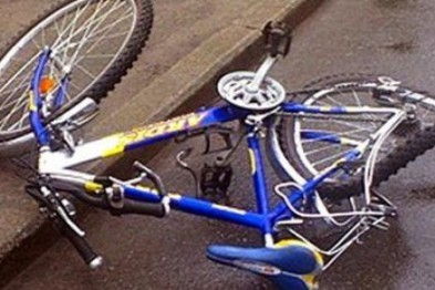 Двое несовершеннолетних на велосипеде угодили под колеса автомобиля в Арзамасском районе