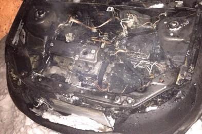 Автомобиль руководителя исполкома «Единой России» в Арзамасе подожгли неизвестные