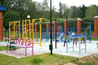 Детская и спортивная площадки в скором времени появятся на улице Сельхозтехника р.п. Выездное