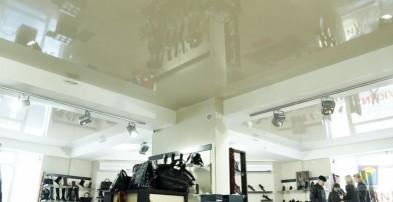 Натяжные потолки в производственном помещении (фото)