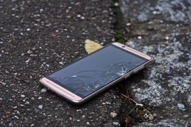 Как сэкономить на ремонте телефона? (фото)