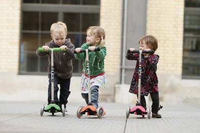 Самокаты для детей от 1 до 2 лет: особенности и преимущества (фото)