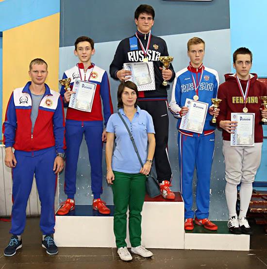 Саблист Тюлюков взял бронзу на всероссийских соревнованиях