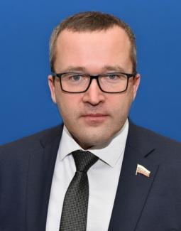 Пивоваров Владимир Юрьевич